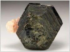 Biotit: Какви свойства са различни и как мога да използвам камък?