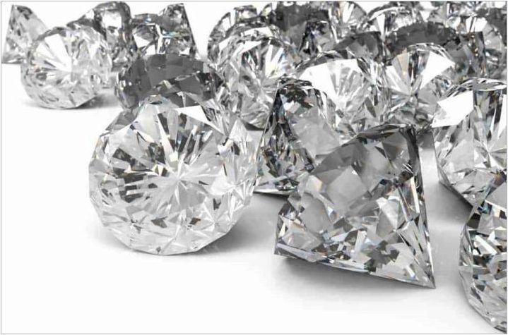 Какъв е цветът на диамантите?