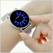 Китки LED часове