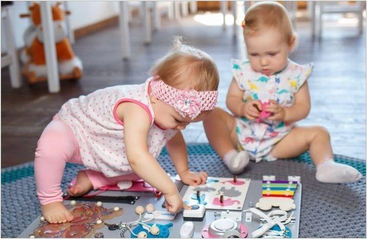 Bizboards за момичета на възраст 1 година