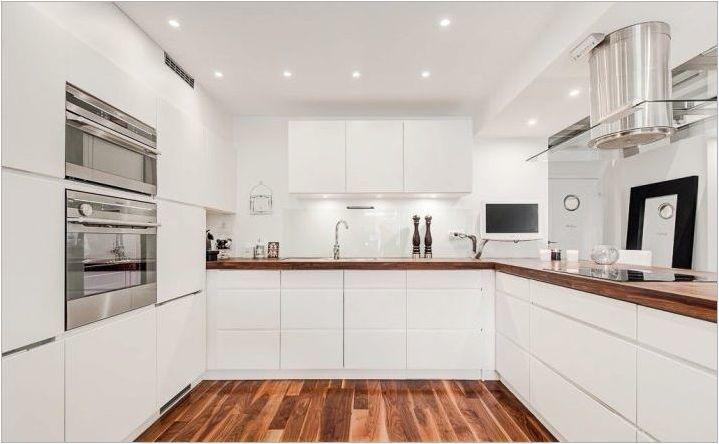Бяла кухня с дърво: сортове и избор