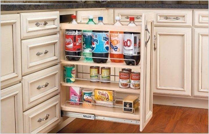 Бутилки за кухнята: разновидности, избор и монтажни съвети