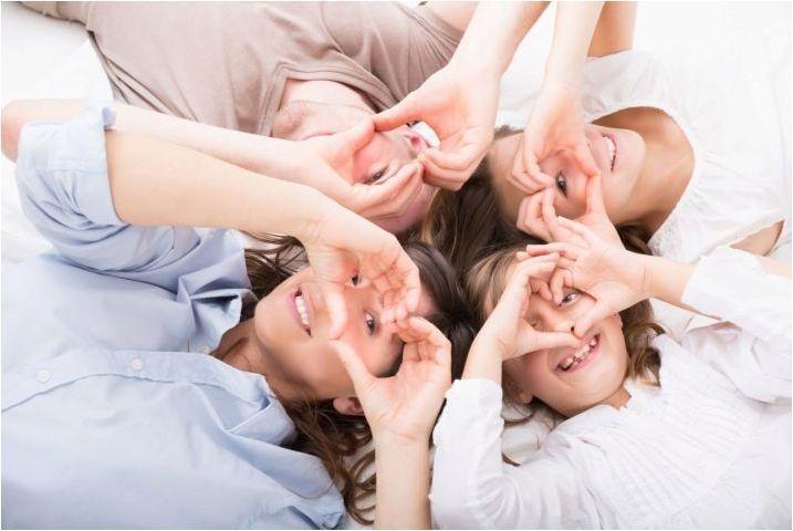Съвместимост на девиците и близнаците в приятелството и любовта