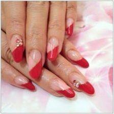 Червен франш на ноктите: колекция от сянка и оцветяване на боя