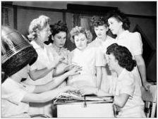 Как да изберем маникюр за рожден ден?