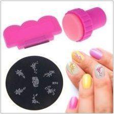 Как да използваме печат за нокти?