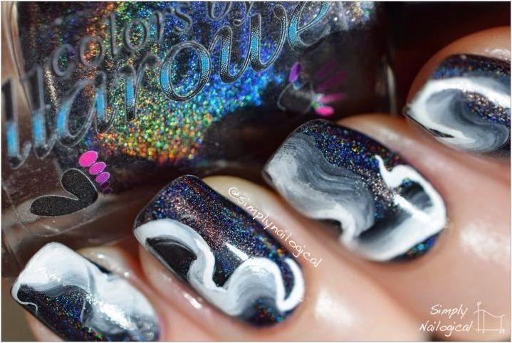 Как да направите необичаен дим ефект върху ноктите?