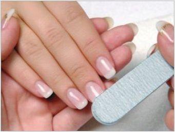 Как у дома, за да премахнете шеллака от ноктите?