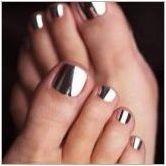Лятна педикюр: преглед на модните тенденции и идеите за дизайн на ноктите