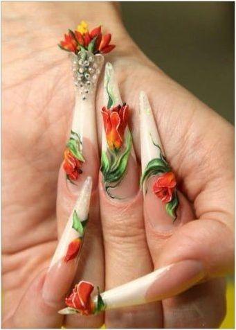 Необичаен дизайн на маникюр с лалета