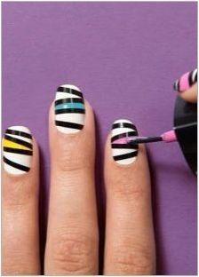 Прост дизайн на ноктите лак за начинаещи