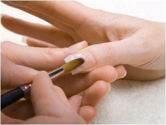 Вредно или полезно удължаване на ноктите?