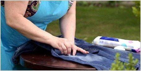 Как да си измием петна от тревата от дънки?