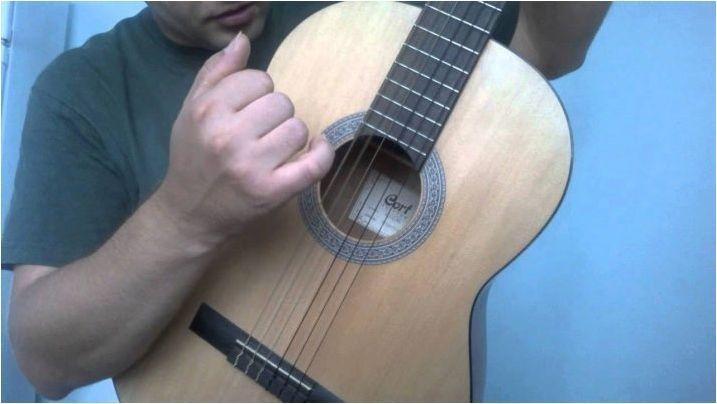 Всичко за испански в китара