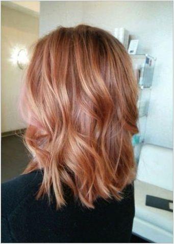 Балоу на руса коса средна дължина