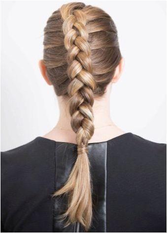 Опции за тъкане плитки от коса със средна дължина
