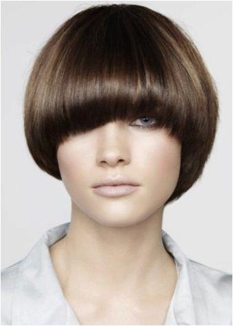 Подстригване за пълни жени