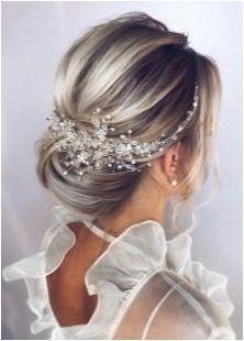 Вечер прически за дълга коса: характеристики, подбор, полагане и декорация