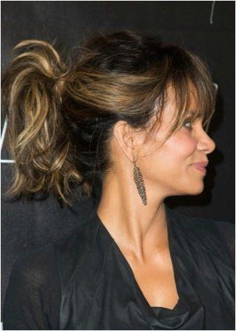 Вечерни прически на косата до раменете