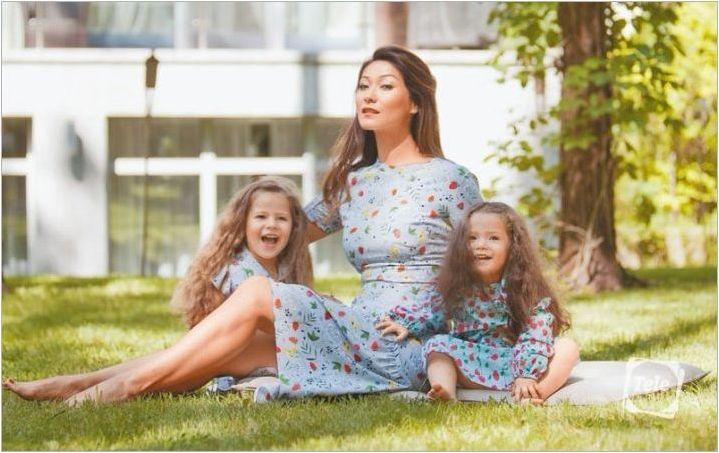 Накратко, няма къде: телевизионният водещ Марина Ким подкрепи летната тенденция на мини къси панталони