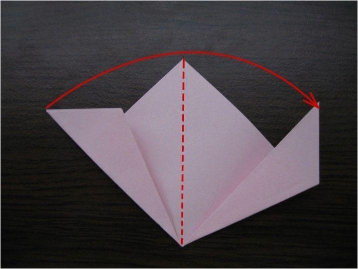 Създаване на оригами под формата на хартиени топки