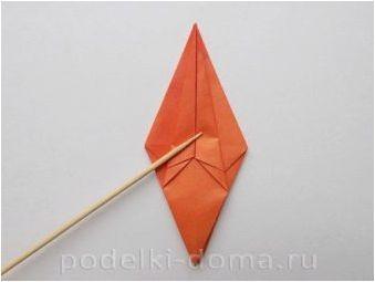 Създаване на оригами под формата на лилия