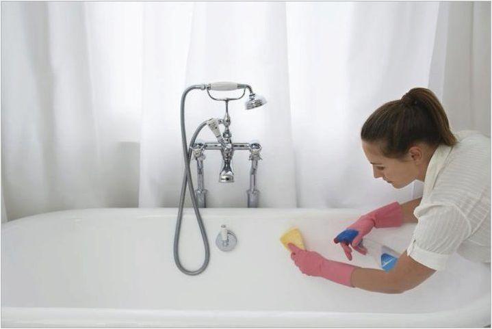 От прането на акрилна баня?