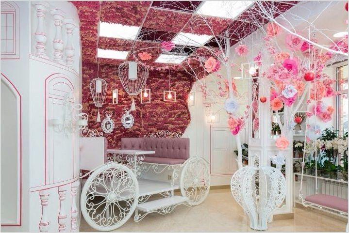 Фотоуни за козметичен салон