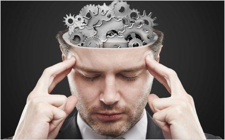 Как да развием памет за възрастен човек?