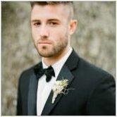 Идеи за прически на мъжете за сватбата и препоръките на стилистите
