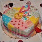 Изберете оригиналната торта на първата годишнина от сватбата