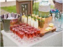Сладка сватбена маса: Как да покриете и украсявате?
