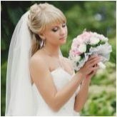 Сватбени прически с бретон